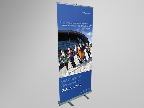 Banner Stand Designs : Retractable banner stand design and printing see it